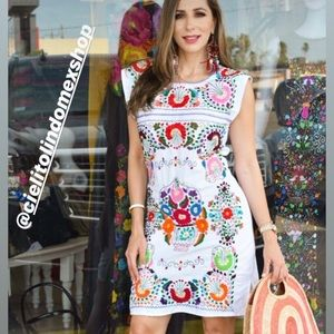 Dresses - Stunning Mexican Handmade Dress Embroidered
